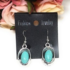 Jewelry - 💋6for$20💋 Turquoise color drop earrings